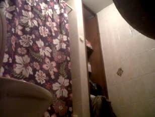 Versteckte spycam webcam im badezimmer dressing
