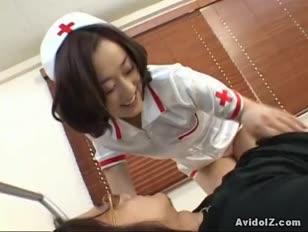 Herrliche asiatische krankenschwester wird unzensiert genagelt