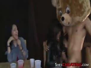 Ein tanzender wolf für die bücher 00519