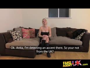Fakeagentuk schmutzig zischenden euro-dame in anal invasion audition