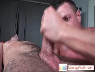 Extreme saugen während der massage massagevictim