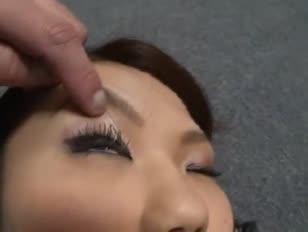 Geschäftsfrau von hässlichen fleischigen hausmeister durchdrungen
